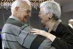 Пожилые люди не должны отказываться от секса