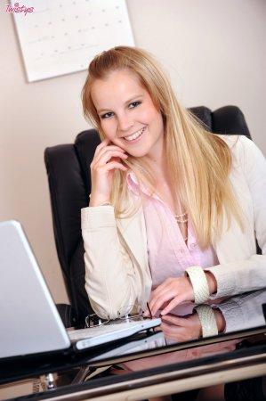 Идеальная секретарша