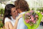 Как совместить счастливое материнство и романтику в семье