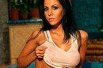 Бывшая порнозвезда Елена Беркова готова удовлетворить всех желающих