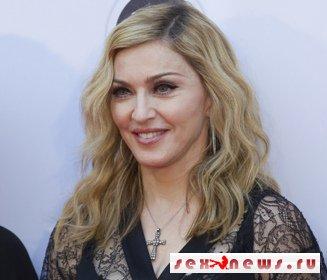 Мадонну обокрали во время фотосессии