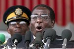 Президент Зимбабве осудил Европу за аморальность