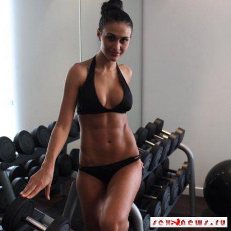 Жена Тимофея Нагорного похвасталась спортивной фигурой