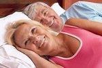 После 50-ти секс чаще у тех, кто живет в первом браке
