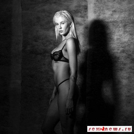Дочь Алека Болдуина снялась в эротической фотосессии