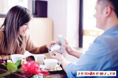 8 ошибок, которые допускают мужчины в выборе подарочных украшений