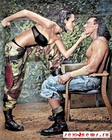 Певица Слава террорезирует мужчин наготой (фото)