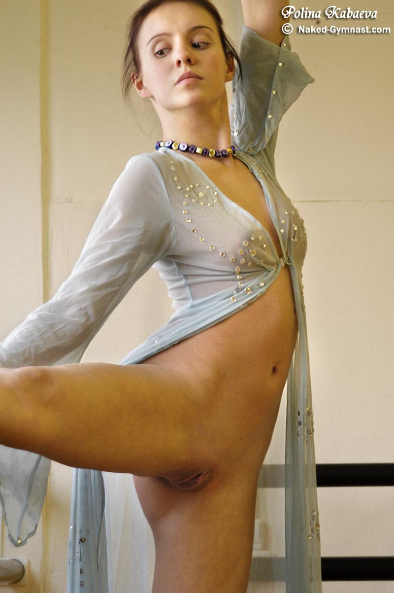 Видео шикарная голая гимнастка порно актрисы