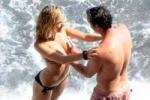 Сиенна Миллер развлекается на побережье Италии с миллионером (фото)