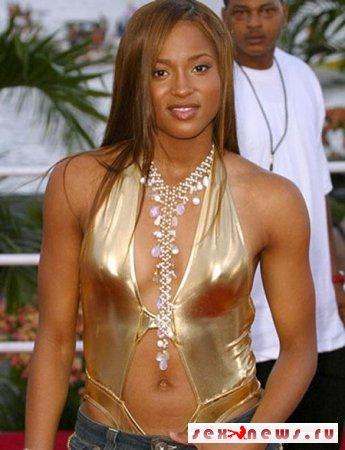 Звезда R&B разделась для журнала Vibe (фото)