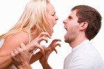Женщины ревнуют из-за недостатка внимания