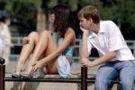 Как подтолкнуть скромного парня сделать первый шаг