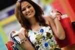 Проблемы с деньгами заставляют женщин тратить больше