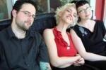 Семья по-шведски: тройное удовольствие