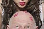 Запах отца задерживает половое созревание дочери