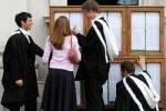 Студентам Кембриджа выдали дырявые презервативы