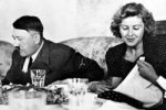 Гитлер принимал