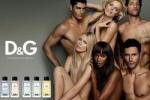 Модели 90-х голышом рекламируют парфюм