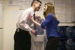 Женщины ревнуют супругов к коллегам