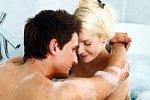 Интимные забавы в ванной