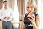 Основные правила флирта для замужних женщин