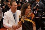 Ван Дамм не скрывает свою украинскую подругу от жены
