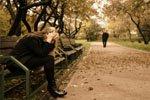 Медленно чувства утекают вдаль, встречи с ними ты уже не жди…