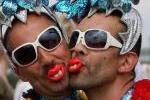 Наука объяснила, откуда берутся геи и лесбиянки