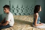 Мужчины решают эмоциональные проблемы с помощью секса