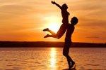 Романтические отношения. Что же представляет собой этот загадочный процесс ухаживания?
