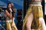 Селена Гомез вышла на сцену без нижнего белья
