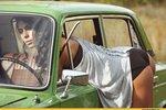 Россиянки всячески демонстрировали свои прелести для рекламы авто ВАЗ