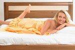 Треть супружеских пар спят в разных кроватях