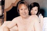 После пьянки у 38-летнего мужчины выросла грудь третьего размера