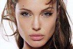 Есть ли повод для ревности у Анджелины Джоли?