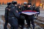 Активисты ЛГБТ обосновались на главной российской площади