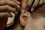 Ушная сера может стать источником личных данных