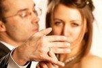 Почему женщины встречаются с женатыми мужчинами?