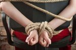 Двое саратовцев несколько дней удерживали и насиловали жительницу Рязани