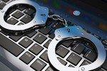 Развратник из Подольска, угрожая, заставлял восьмиклассниц заниматься сексом по веб-камере