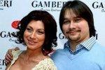 Роза Сябитова живет с мужчиной младше себя, а ее сын – с женщиной старше