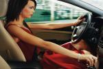 Автоледи предпочитают внедорожники и считают себя лучшими водителями